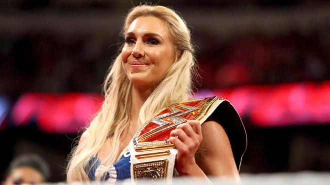 Charlotte-WWE-Womens-Champion-5.jpg