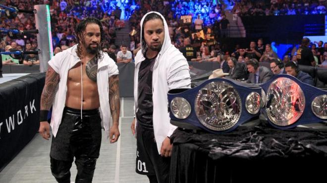 the-usos-tag-titles-smackdown