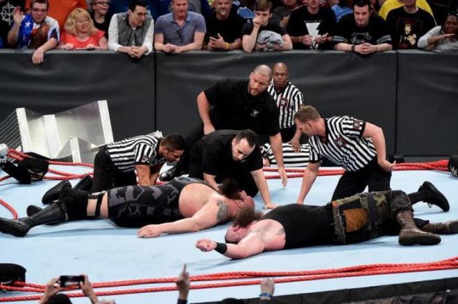 Big Show Braun Strowman ring break